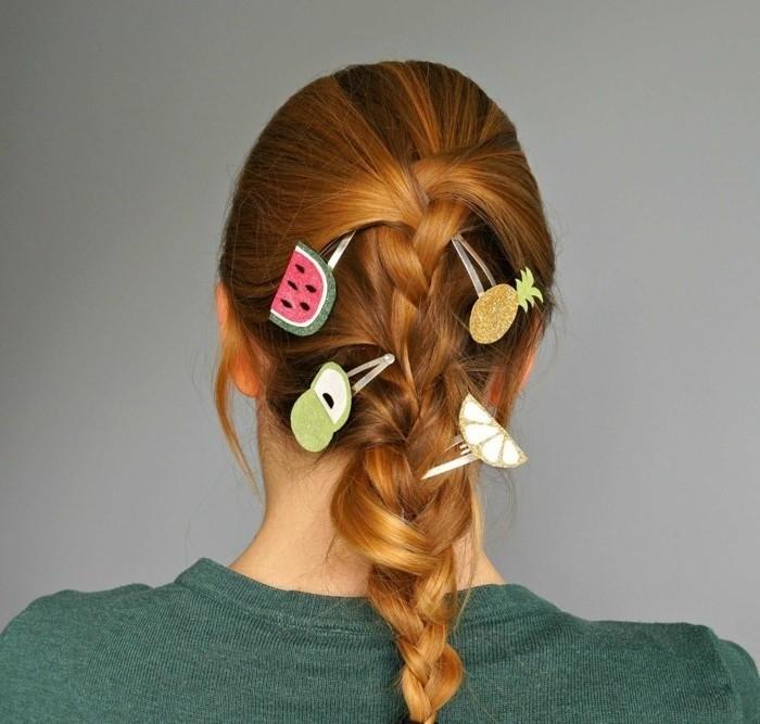 Haarspangen-kinder-mit-lustigen-formen-von-früchten