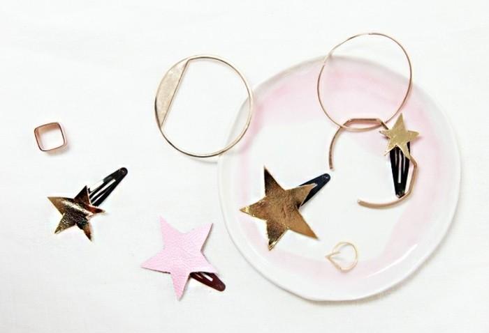 Haarspangen-nähen-mit-glätzenden-sternen-selber-ausschneiden