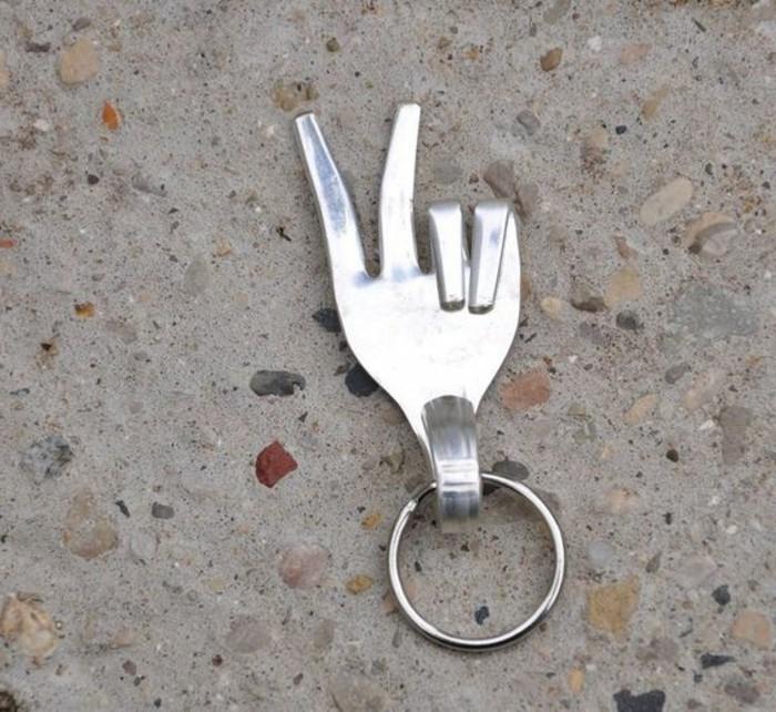 silberbesteck-schmuck-schluesselanhaenger-wie-finger