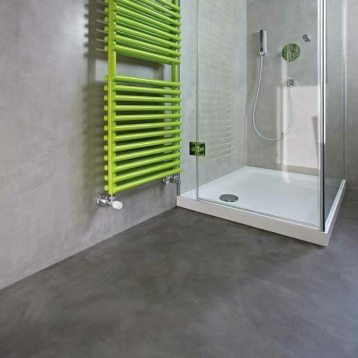alternative-zu-fliesen-braunem-beton-grüne-heizung-duschkabine