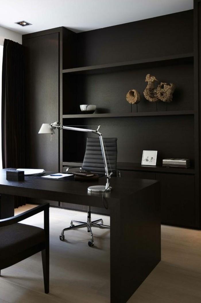 arbeitszimmer-ideen-schwarzer-schreibtisch-stuhl-schrank-tischlampe-dekorationen