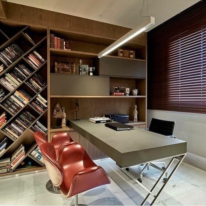 arbeitszimmer-ideen-stuhle-fliesen-schrank-regale-viele-buecher-lampe-lamptop