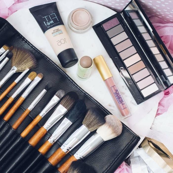 augen-make-up-pinsel-in-verschiedenen-groessen-lidschatten-schminke-frauen