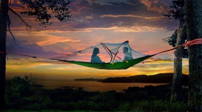 baumzelt-wie-im-himmel-genießen-sie-den-sonnenuntergang