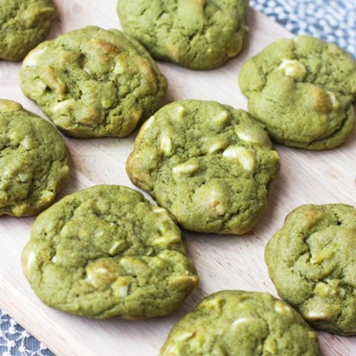 bio-leben-matcha-rezept-fuer-gruene-kekse-mit-matcha-nuesse-kaschews-walnuss-nachtisch