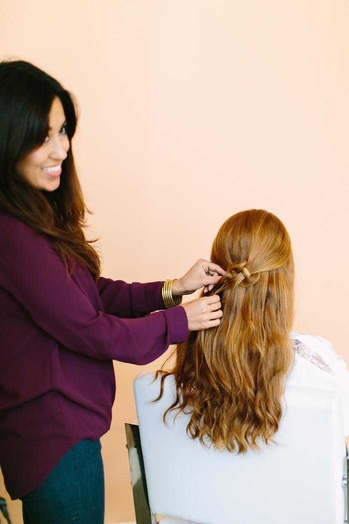 frisuren mittellanges haar, keltrischer knoten binden, halboffene haarfrisur