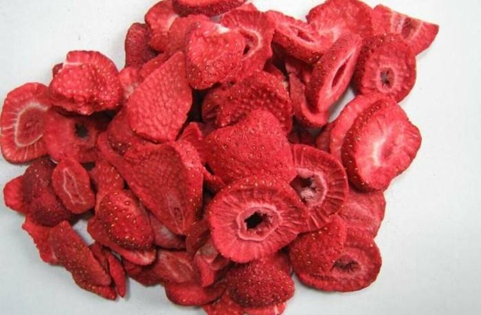 gefriergetrocknete-erdbeeren-schmecken-sehr-gut
