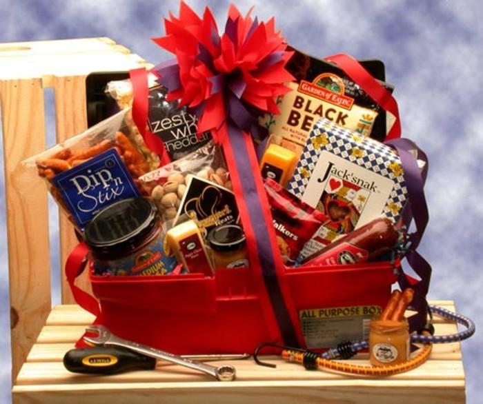 geschenk-fuer-den-freund-geschenkkorb-geschenkbox