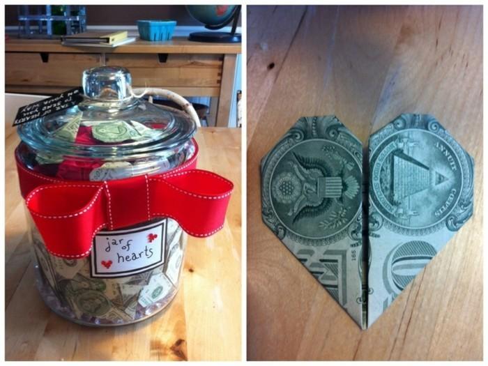 hochzeitsgeschenke-geld-lustige-geldgeschenke-originelle-geldgeschenke-glas-voller-herzen-geldscheine