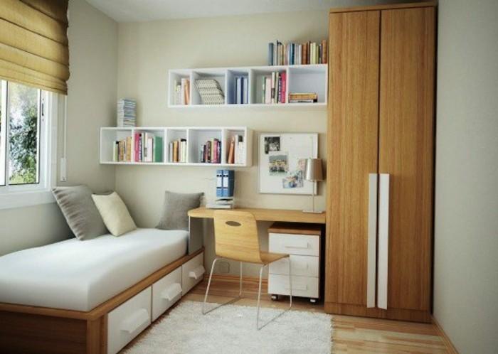 kinderzimmer-gestalten-naturfarben-holzbett-holzschrank-holzstuhl-schreibtisch-holz-laminaboden-weiße-wände-bücherregale