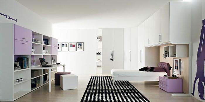 kinderzimmer-mädchen-musterteppich-weiße-einrichtung-laminatboden-weißer-hocker-lila-hocker-bilder