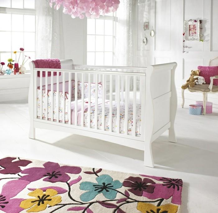 frische babyzimmer ideen fur gesunde und gluckliche babys With balkon teppich mit babyzimmer tapete mädchen