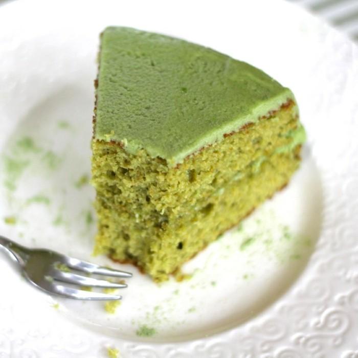 matcha-torte-gesunde-torten-vegane-torten-niemand-kann-sie-widerstehen-probieren-sie-ein-stueck