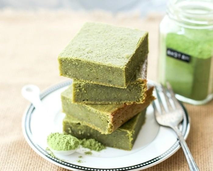 matcha-torte-matcha-suesse-bisse-gesundes-essen-vegan-leben-mit-matcha-japanischer-tee