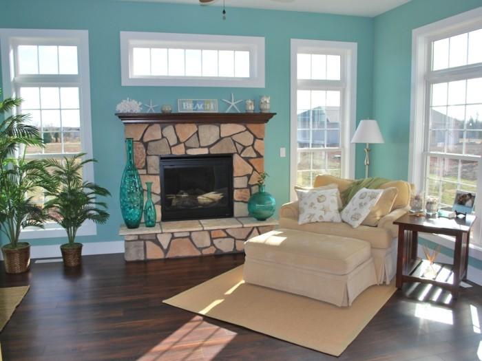 miami-stil-einrichtung-in-beige-und-tuerkis-vasen-palmen-frisches-ambiente-gute-laune