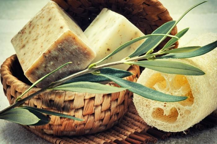 seife-selbst-machen-naturprodikte-luffa-schwamm-oliven-koerperpeeling-seife