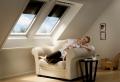 Wohlfühlklima in Ihrer Dachwohnung mit Dachfenster Rollo schaffen
