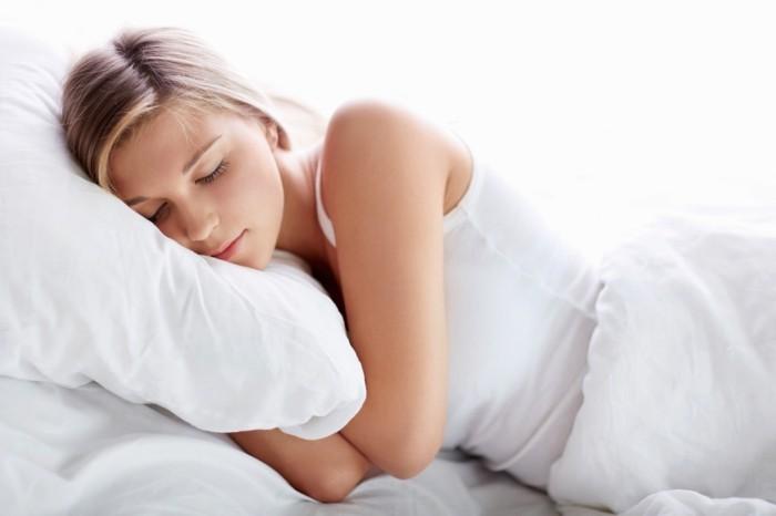 verdunkelungsrollos-sorgen-für-einen-erholsamen-schlaf
