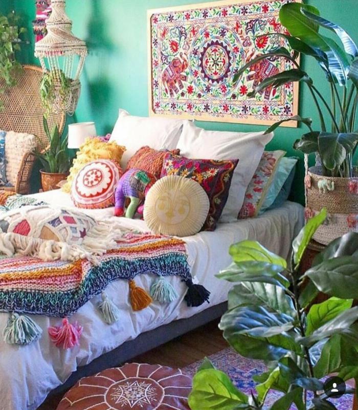 wandgestaltung kinderzimmer mädchen satte farbe zimmer einrichten ideen mädchen bunte farben pflanzen wanddeko teppich
