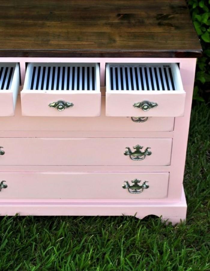Alte-Möbel-aufpeppen-rosa-schranl-vintage-schubladen-grass-garden-diy