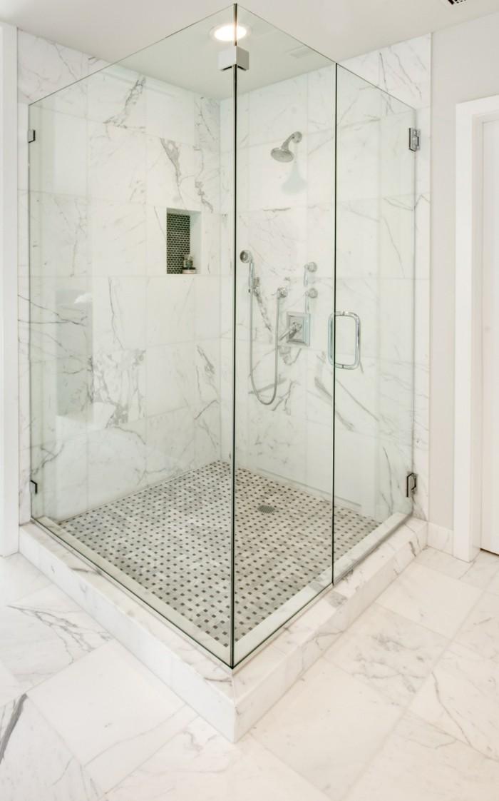 Letzte-Trends-bei-den-Duschkabinen-glaswände