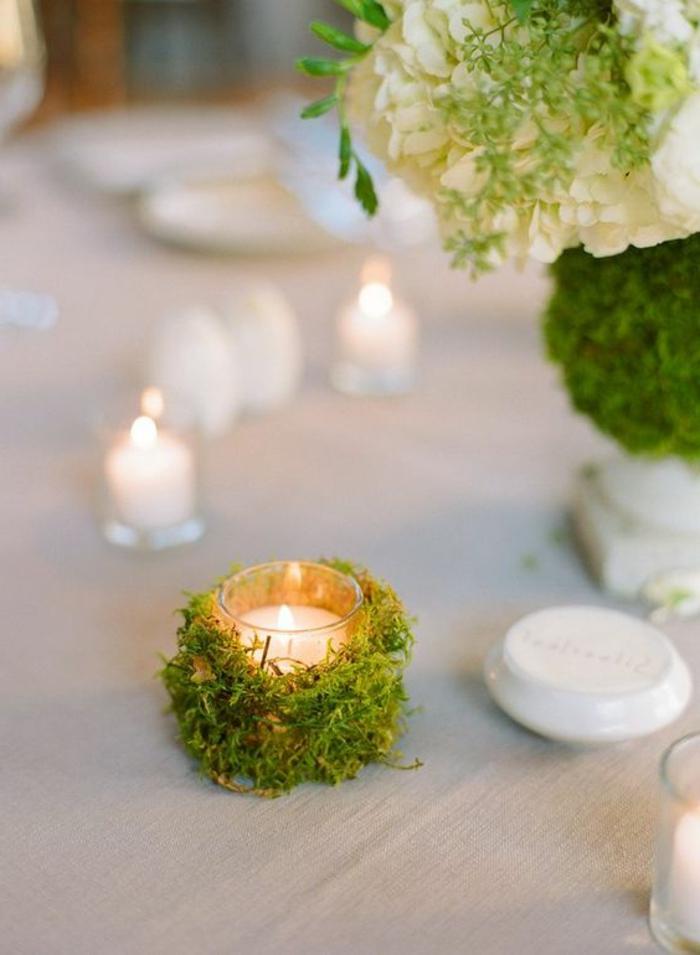 außergewöhnliche-deko-um-die-windlichter-zu-verschönern-tischdeko-weiße-tischdecke