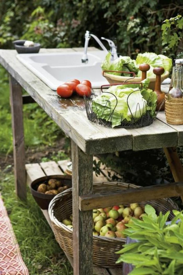 Outdoor Waschbecken ist ein wichtiger Teil der Gartenküchen