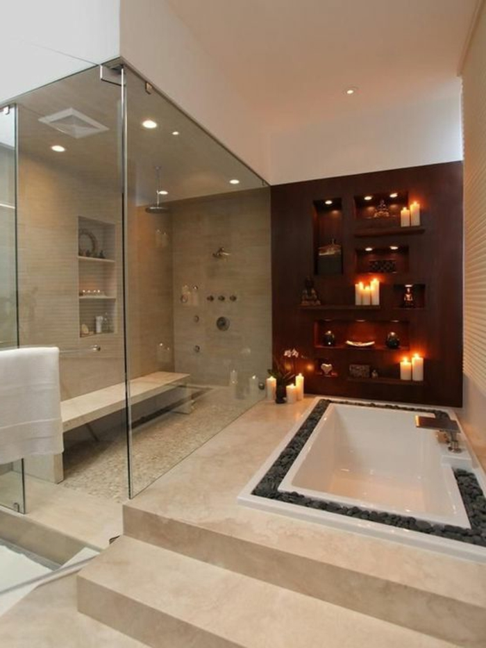 traumbad in braun mit duschkabine aus glas und eingebauter badewanne