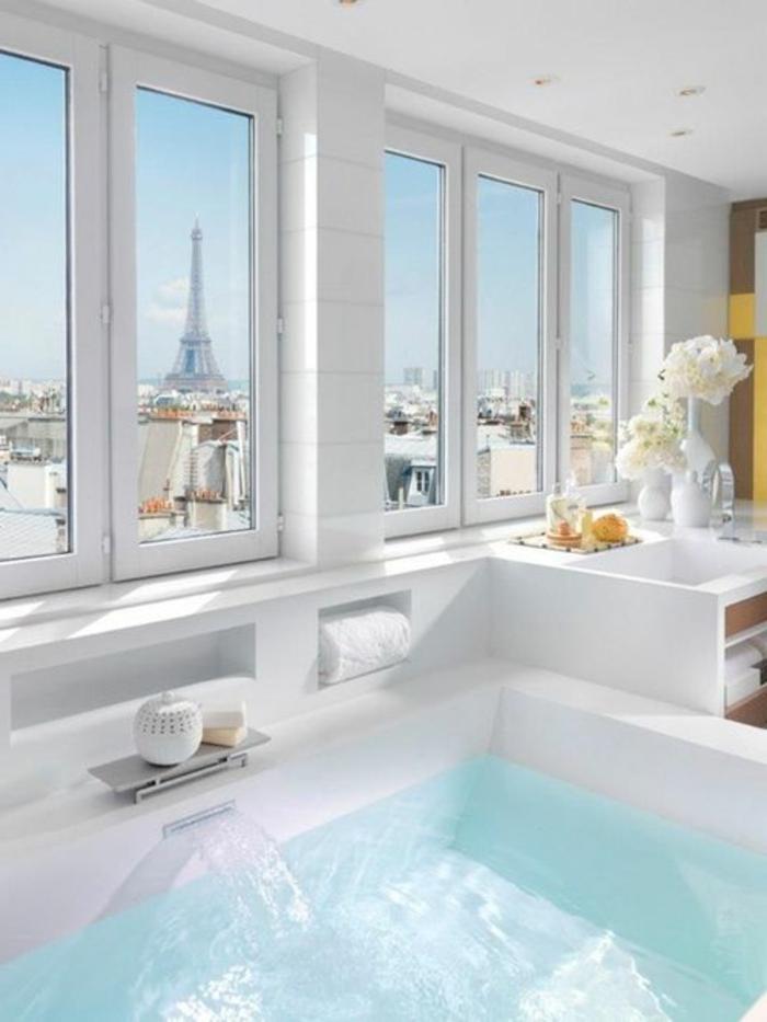 eine wunderschöne badezimmer inspiration in weiß
