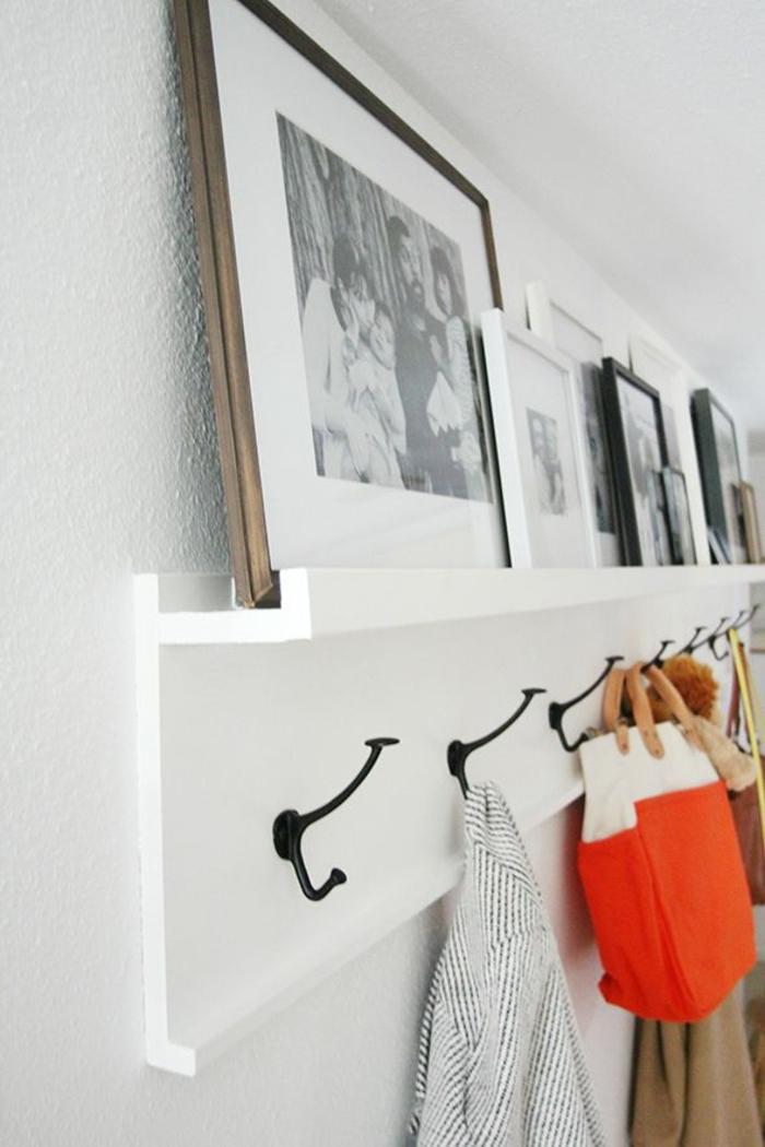 Bilderboard auch als Garderobe benutzen in weißer Farbe