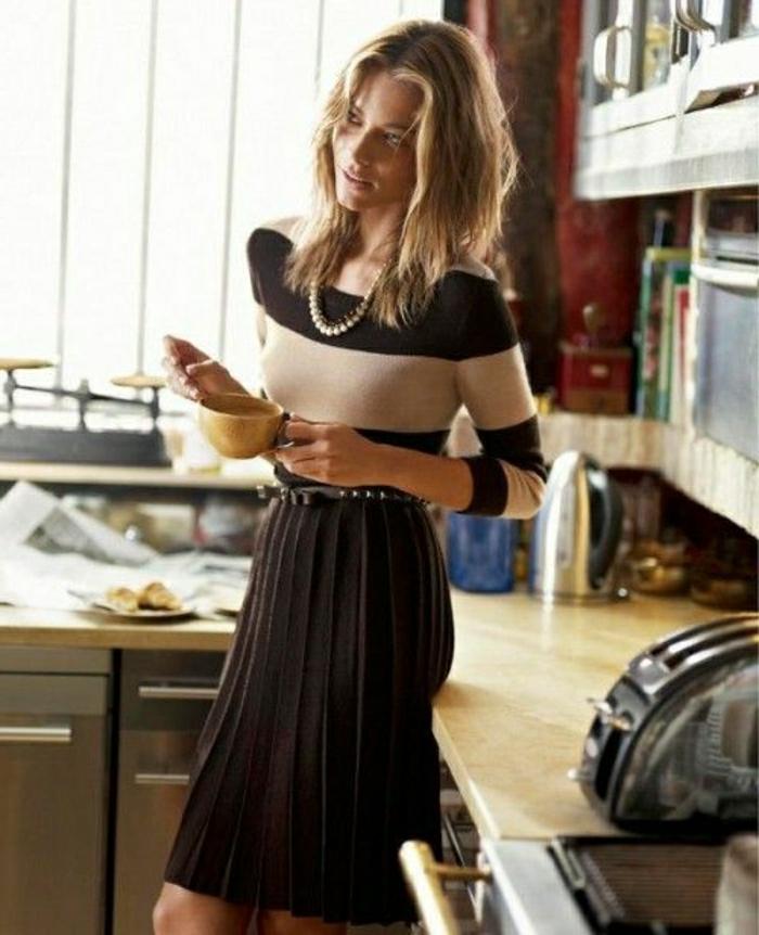 business-kleider-fuer-elegante-damen-ideen-schoen-aussehen-im-buero-macht-einem-produktiver-und-bereitet-freude