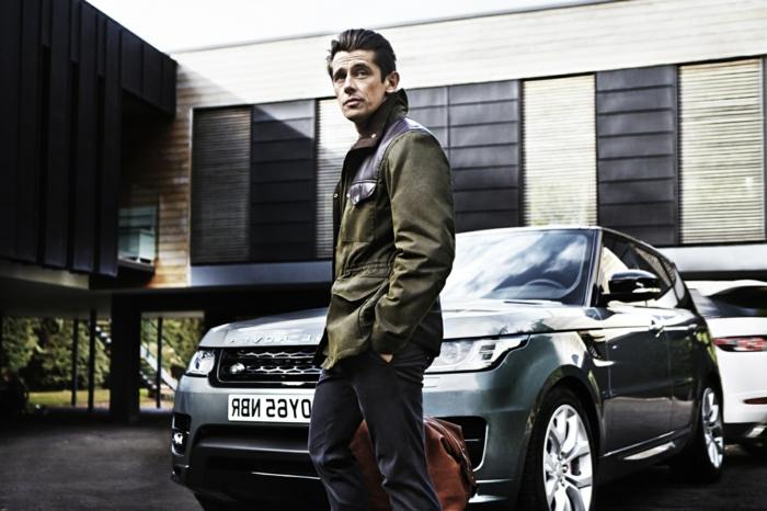 dresscode casual mann der range rover fährt und sich casual anzieht trendy look für 2017