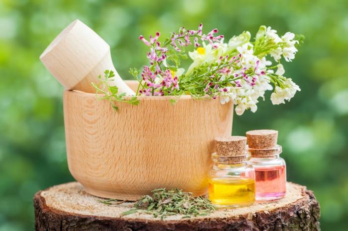 Herstellung von ätherischen Ölen für festes Shampoo