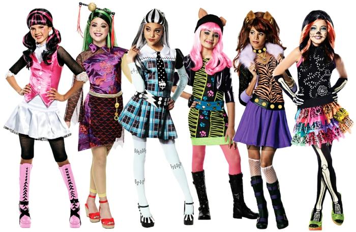 süße Kostüm Gruppe bildschön wie Puppen aus einem Show