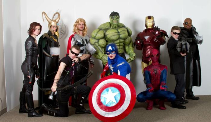 noch lustige Gruppenkostüme von Avengers - prima Idee zum Fashing