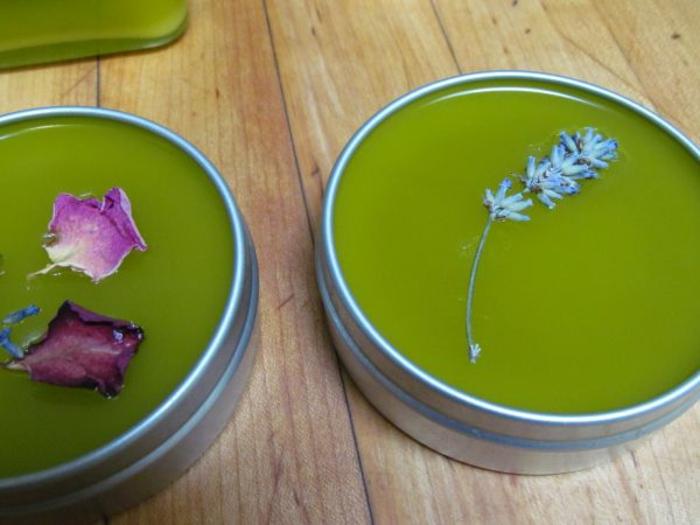DIY Handcreme mit Extrakt von Lavendel und Rosen