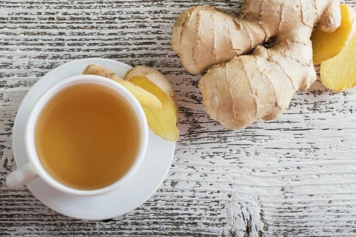 ingwer tee selber zubereiten gesundes herz behalten ideen tee auf dem tisch