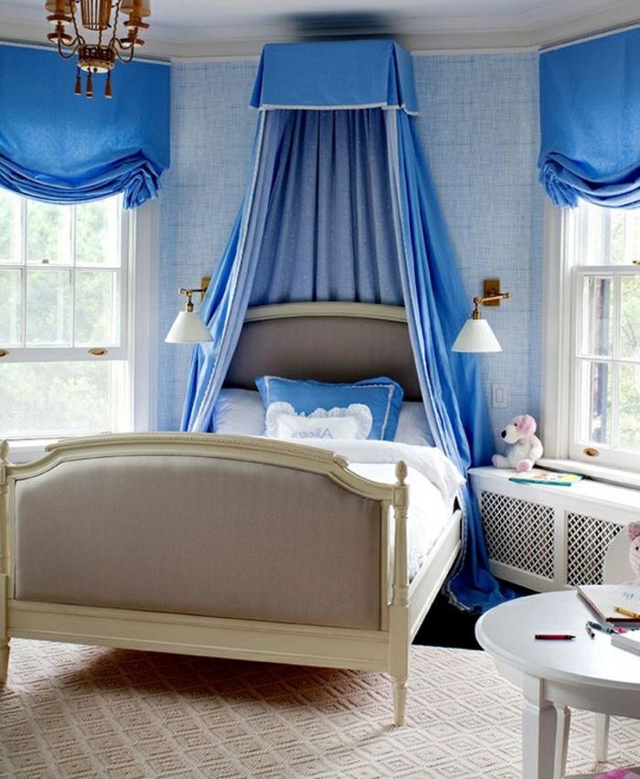 kinderzimmer einrichten ideen in blau und weiß magische atmosphäre im zimmer gestalten