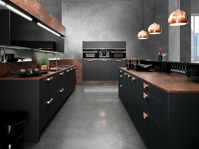 küche-streichen-schwarz-metallgriffen-wand-streichen-grau-boden-grau-tischplatte-braun-industrial