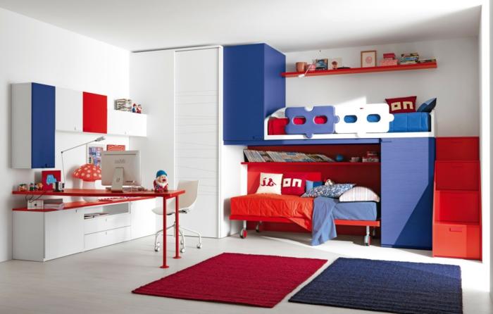 kinderzimmer gestalten blau und rot kombination weiße grundlage spielecke über dem bett
