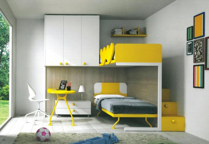 jungenzimmer gestalten weiße möbel gelbe möbel bett in gelb und grau viele bunte bilder treppe