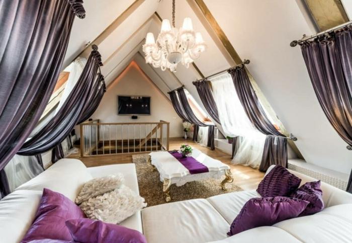 lila-gardinen-für-dachschräge-wohnzimmer