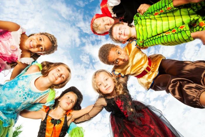 Gruppenkostüme Ideen für den Kindergarten aus verschiedenen Märchen