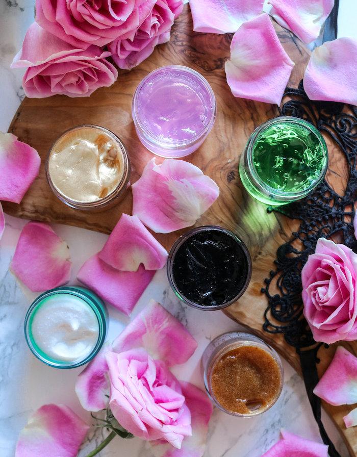 masken selber machen gesichtsmaske selber machen honig feuchtigkeitsmaske anti pickel maske diy wie gesichtsmaske selber machen mit rosablumen und rosaöl