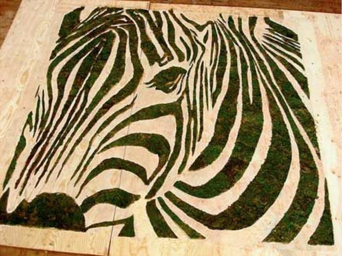selbstgemachtes Moosbild: DIY Zebra aus Moos