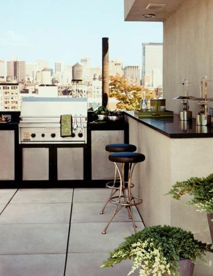 Dachterrasse mit Open-Air-Küche mit Bar