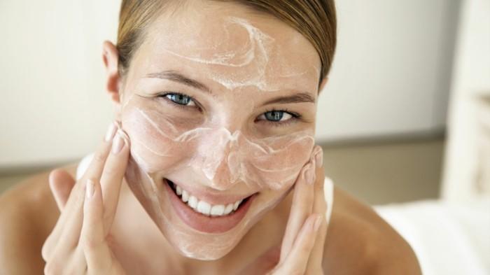produkte-zur-haut-und-körperpflege-für-frauen-face-wash
