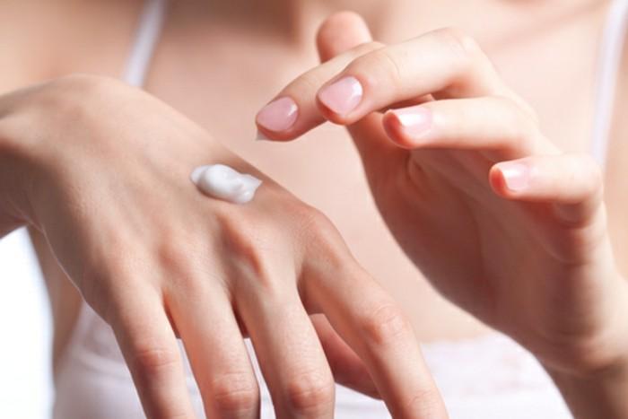 produkte-zur-haut-und-körperpflege-für-frauen-handcreme