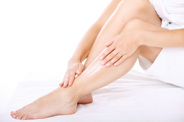produkte-zur-haut-und-körperpflege-für-frauen-pflege-für-die-beine-body-lotion