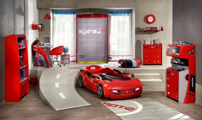 Attraktiv Kinderzimmer Einrichtung Ideen Für Jungen Autobahn Und Ein Rotes Auto  Anstelle Von Bett Rote Möbel